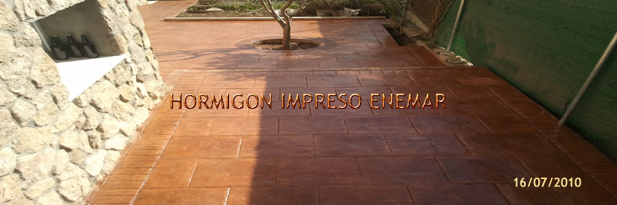 Hhormig n impreso en a over de tajo pavimentos cemento pulido for Hormigon impreso youtube