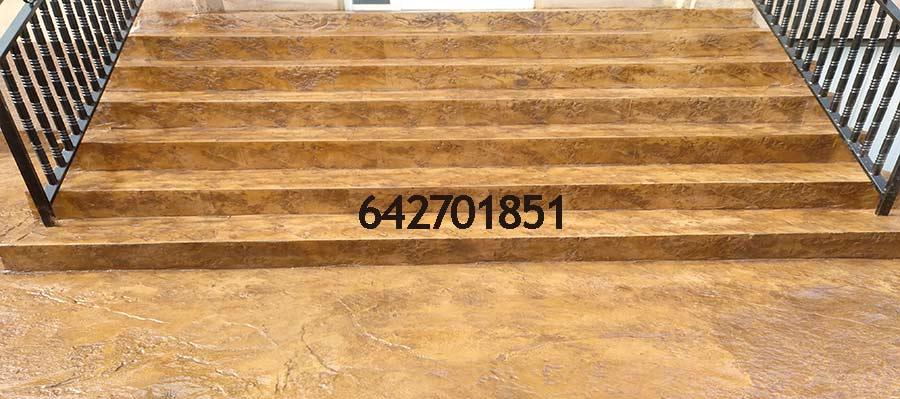 Hormigón impreso Ciruelos Toledo - Escalera con hormigón impreso vertical